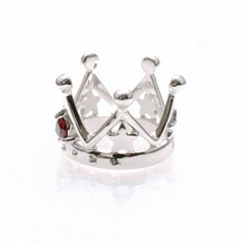 王冠の中に可愛い☆が!誕生石クラウンスターネックレス